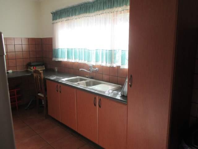 Marina Beach property for sale. Ref No: 12795038. Picture no 11