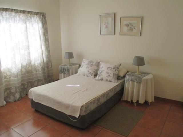 Marina Beach property for sale. Ref No: 12795038. Picture no 17