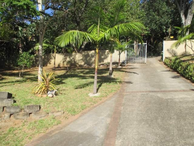 Marina Beach property for sale. Ref No: 12795038. Picture no 22