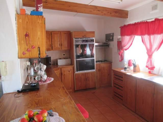 Glenmore property for sale. Ref No: 12797461. Picture no 5