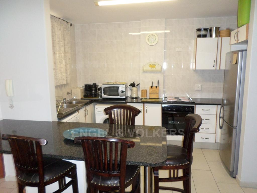Margate for sale property. Ref No: 13229538. Picture no 2