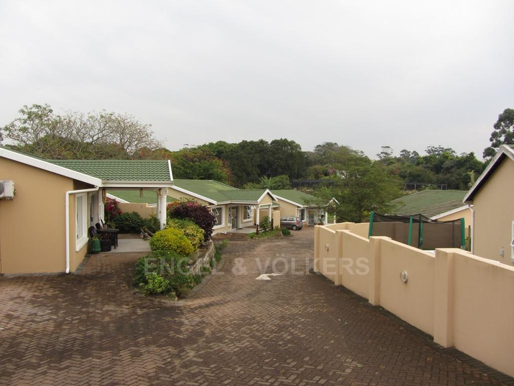 Uvongo property for sale. Ref No: 13230046. Picture no 10