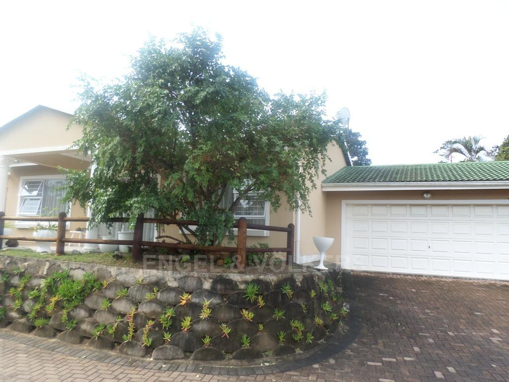 Uvongo property for sale. Ref No: 13230046. Picture no 11