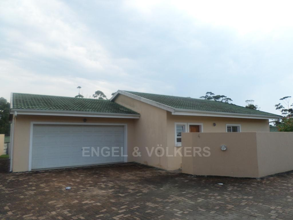 Uvongo property for sale. Ref No: 13230057. Picture no 1