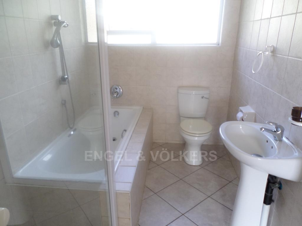 Uvongo property for sale. Ref No: 13230061. Picture no 5