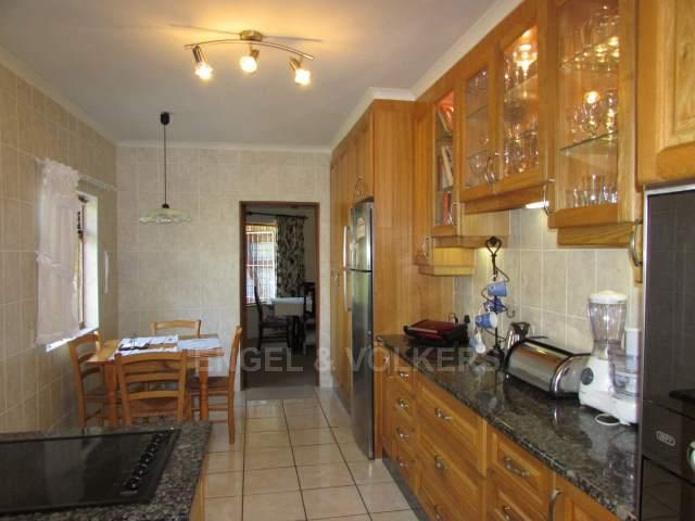 Uvongo property for sale. Ref No: 13241958. Picture no 3