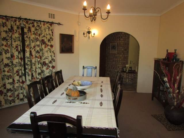 Uvongo property for sale. Ref No: 13241958. Picture no 4