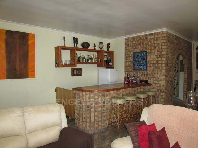Uvongo property for sale. Ref No: 13241958. Picture no 6