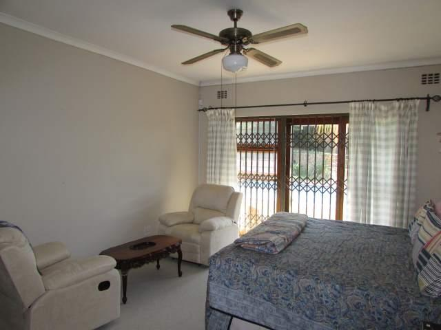 Uvongo property for sale. Ref No: 13241958. Picture no 8