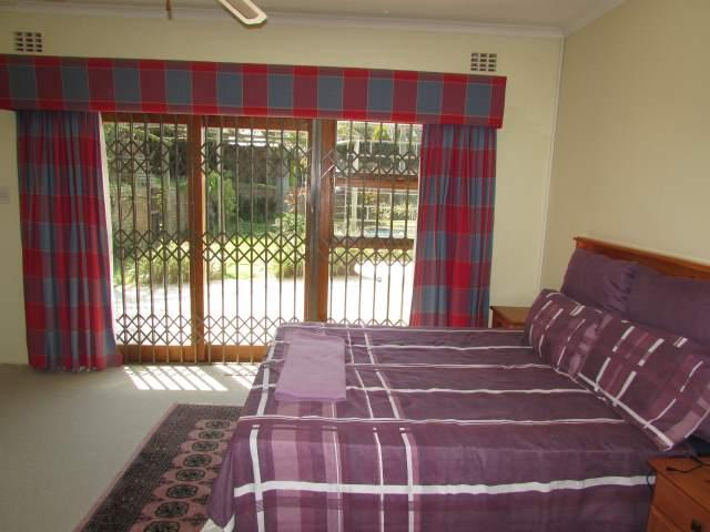 Uvongo property for sale. Ref No: 13241958. Picture no 10