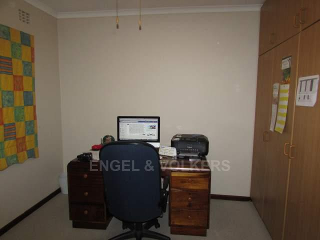 Uvongo property for sale. Ref No: 13241958. Picture no 12