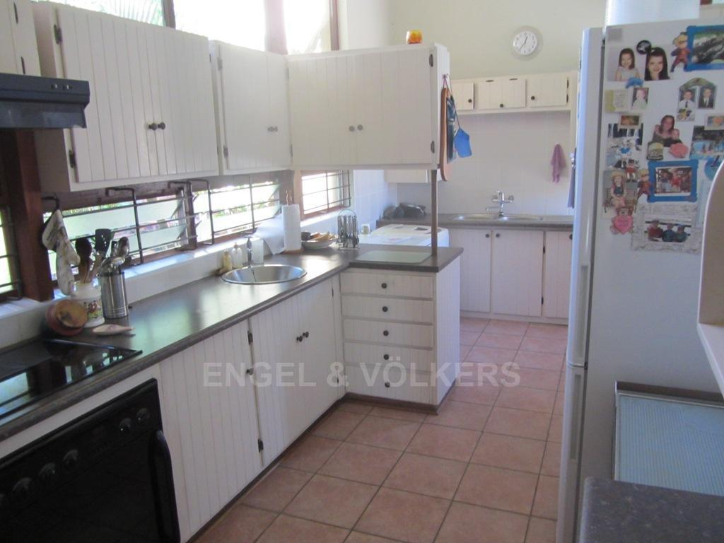 Uvongo property for sale. Ref No: 13242207. Picture no 2