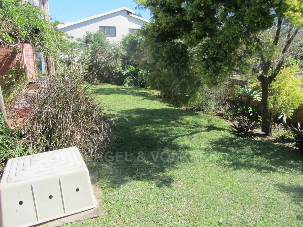 Uvongo property for sale. Ref No: 13242207. Picture no 14