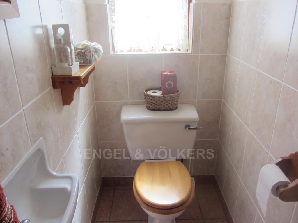 Uvongo property for sale. Ref No: 13242207. Picture no 16