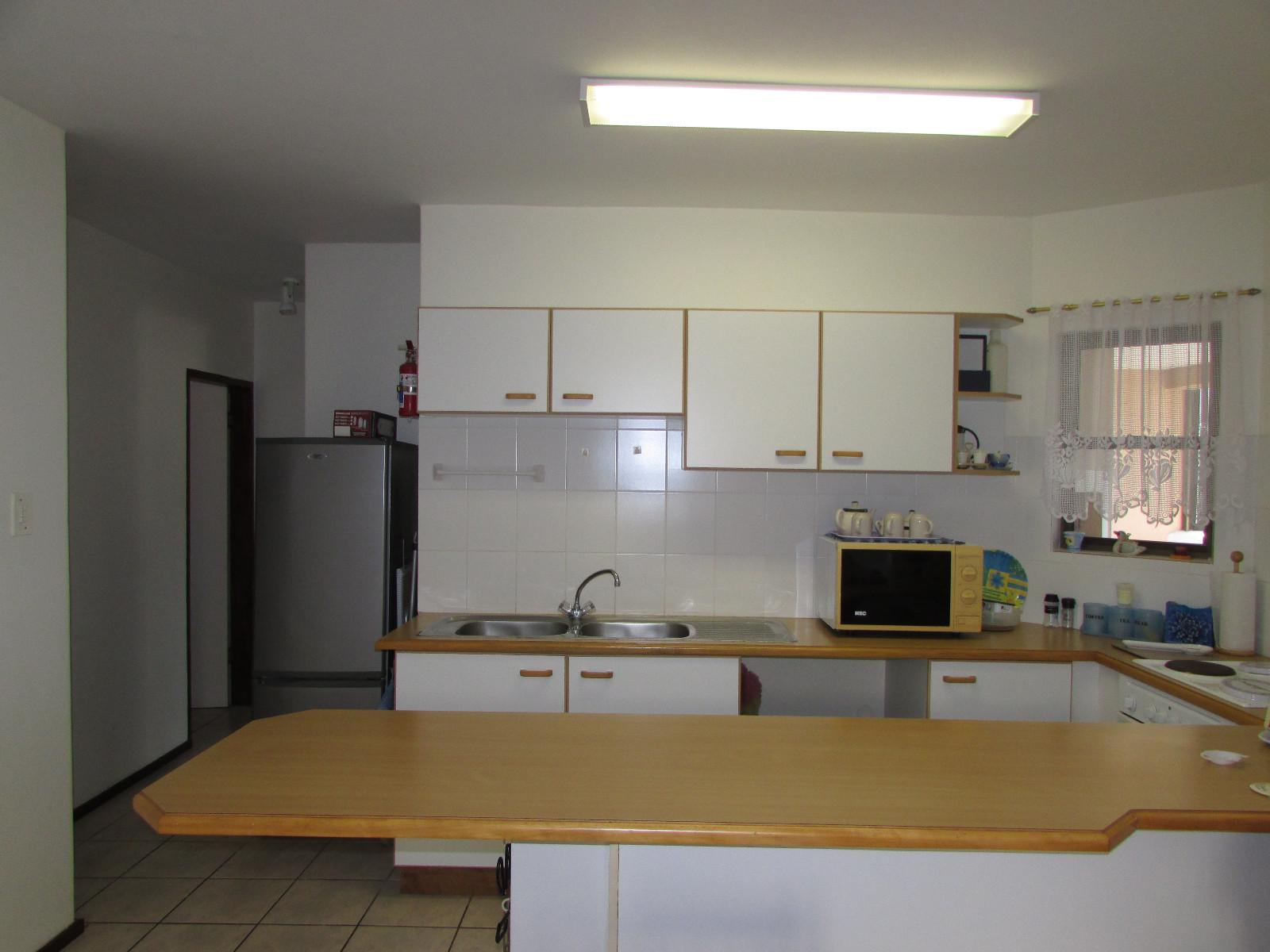 Shelly Beach property for sale. Ref No: 13243098. Picture no 2