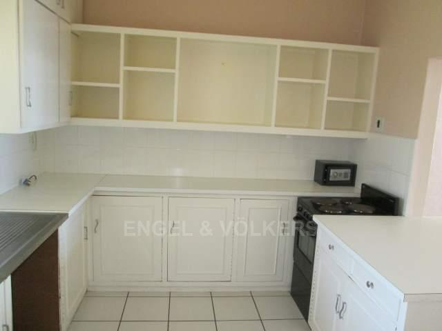 Ramsgate property for sale. Ref No: 13243601. Picture no 4