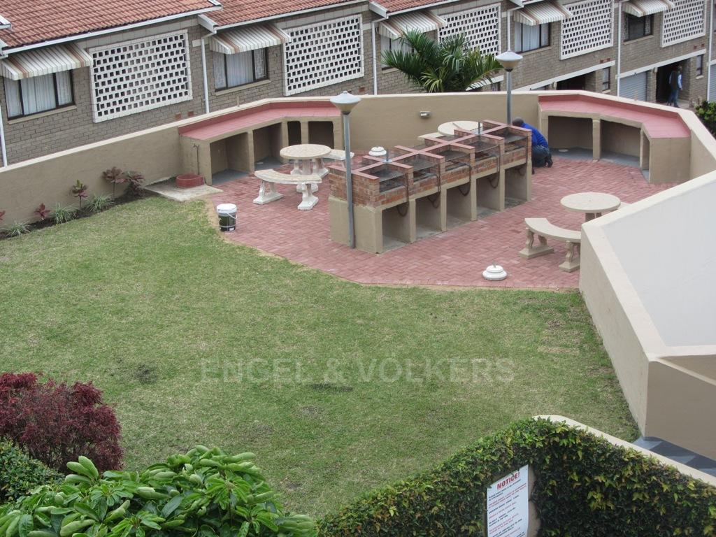 Uvongo property for sale. Ref No: 13249779. Picture no 12