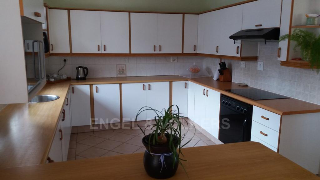 Margate property for sale. Ref No: 13259126. Picture no 2