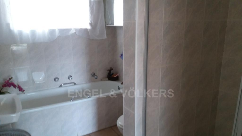 Margate property for sale. Ref No: 13259126. Picture no 7