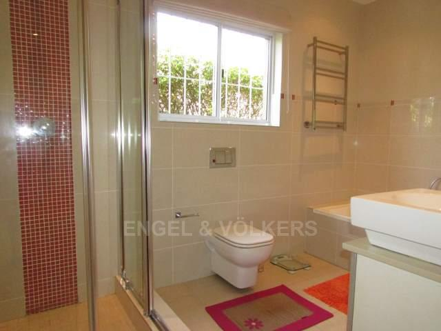 Ramsgate for sale property. Ref No: 13284739. Picture no 14