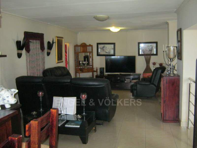 Trafalgar property for sale. Ref No: 13397046. Picture no 5