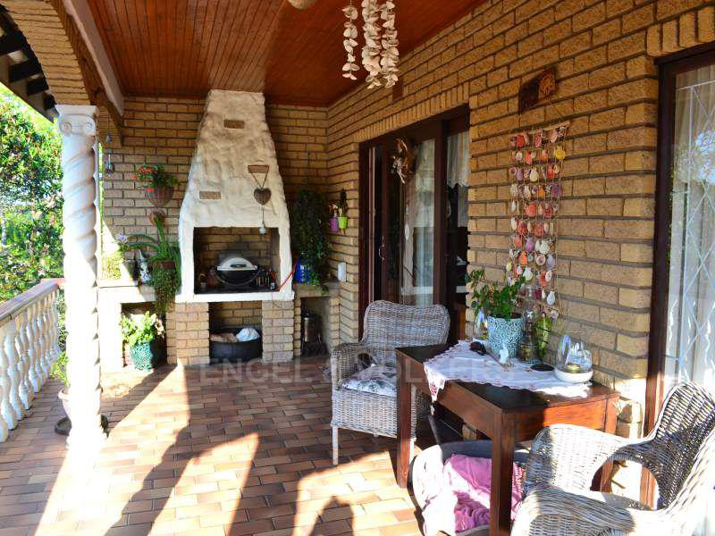 Uvongo property for sale. Ref No: 13401665. Picture no 13