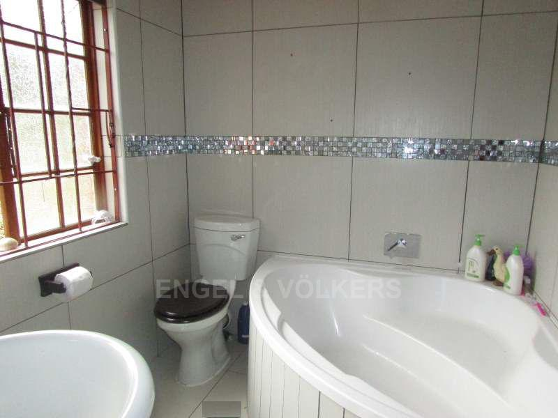 Ramsgate property for sale. Ref No: 13408397. Picture no 6