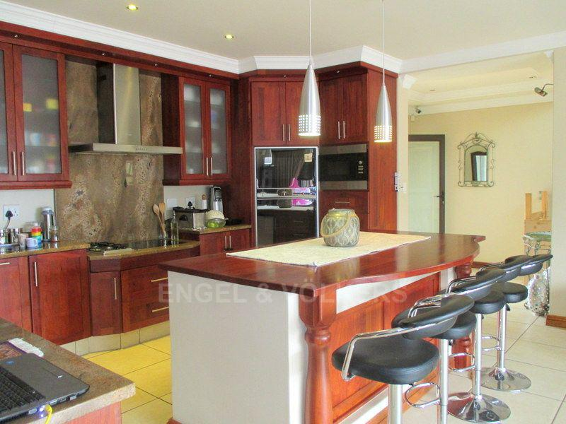 Margate property for sale. Ref No: 13466819. Picture no 6