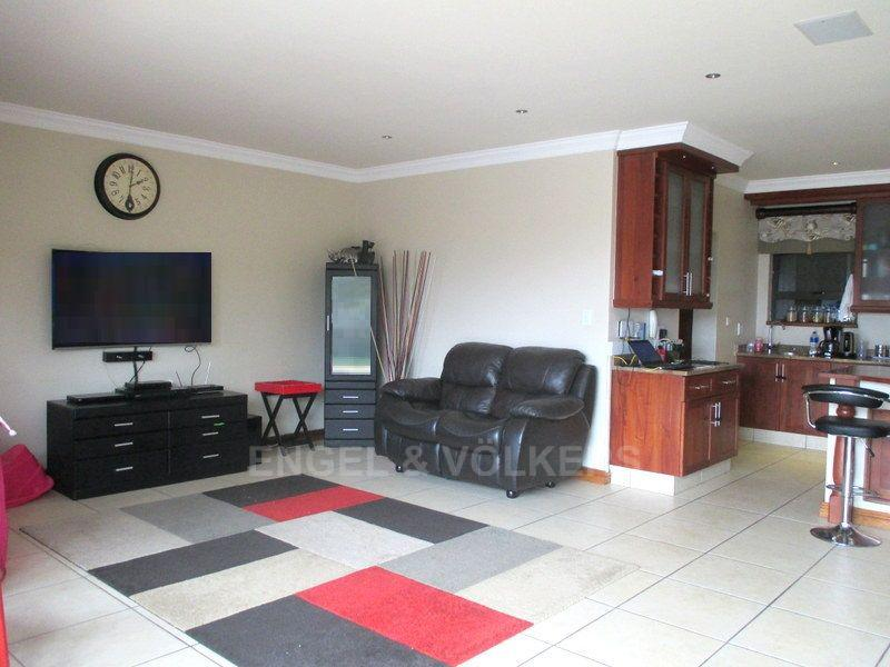 Margate property for sale. Ref No: 13466819. Picture no 9