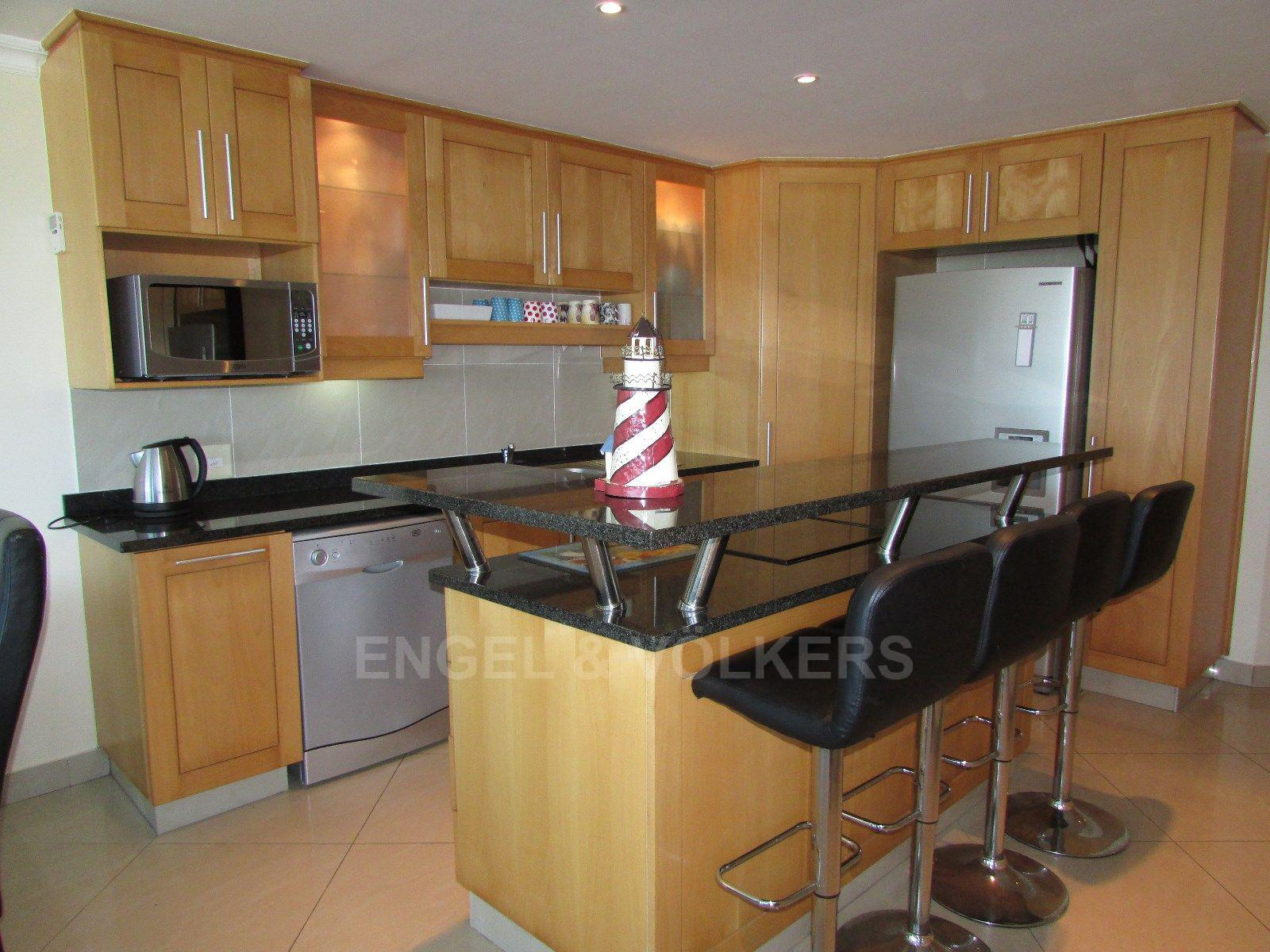 Margate property for sale. Ref No: 13466875. Picture no 3
