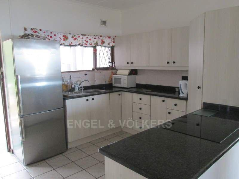Uvongo property for sale. Ref No: 13465290. Picture no 4