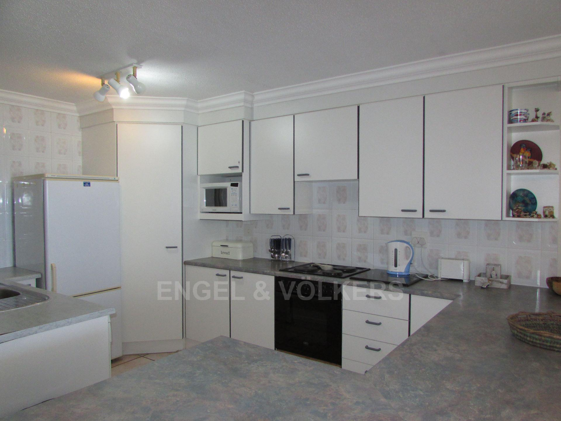 Margate property for sale. Ref No: 13472809. Picture no 3