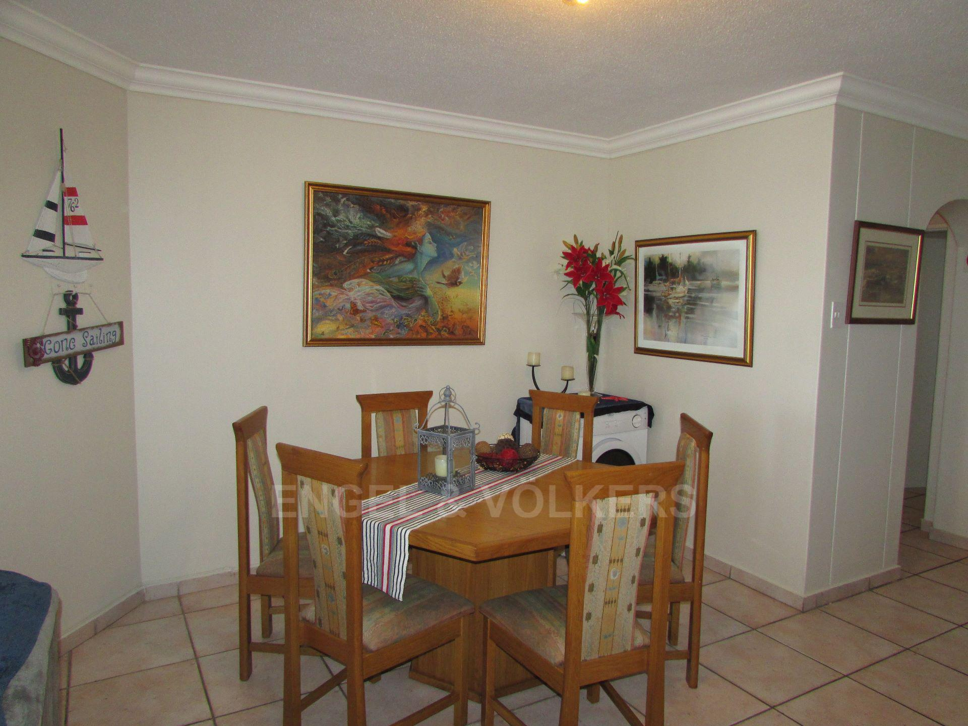 Margate property for sale. Ref No: 13472809. Picture no 4