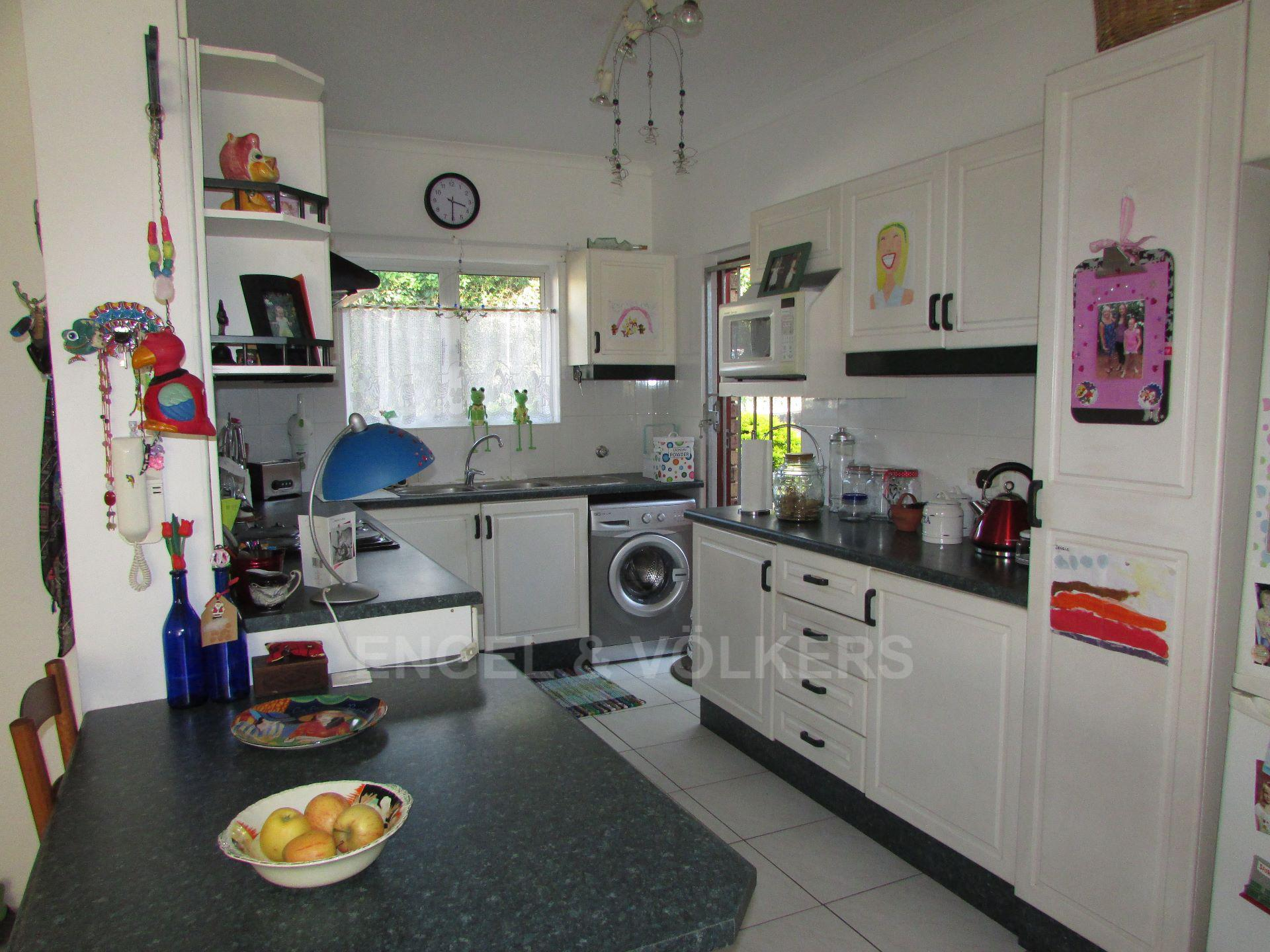 Margate property for sale. Ref No: 13488969. Picture no 2