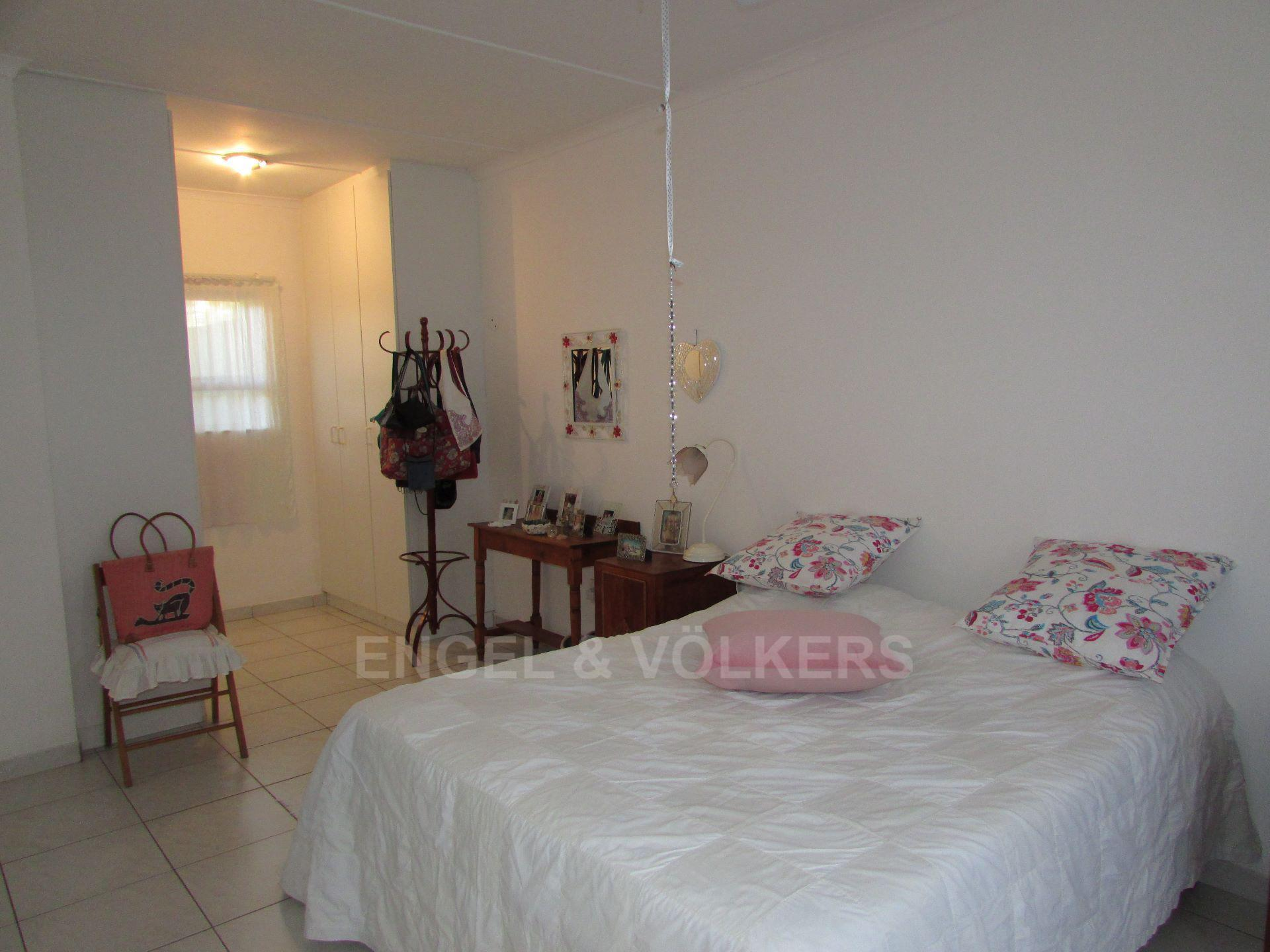 Margate property for sale. Ref No: 13488969. Picture no 5