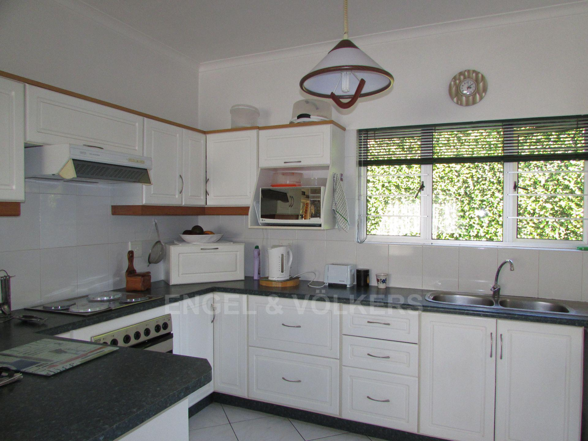 Margate property for sale. Ref No: 13488905. Picture no 2