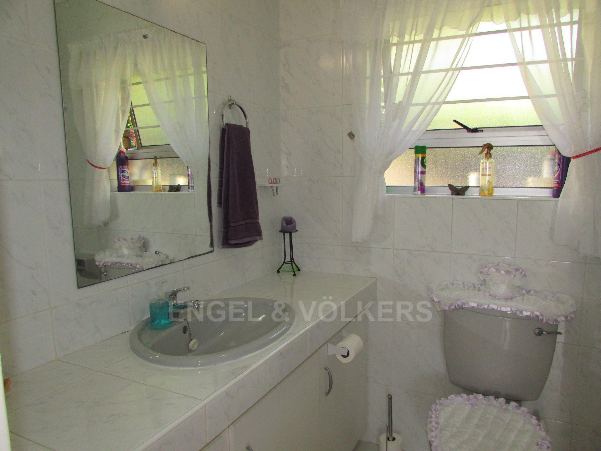 Margate property for sale. Ref No: 13488905. Picture no 4