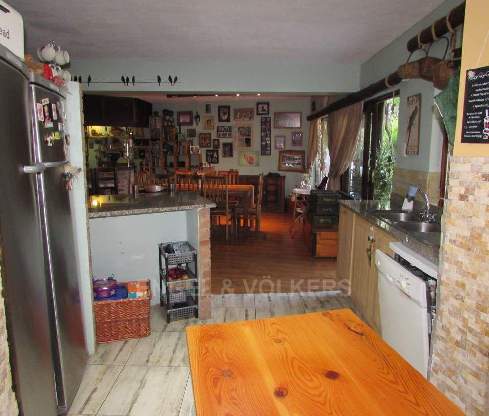 Margate property for sale. Ref No: 13491488. Picture no 4