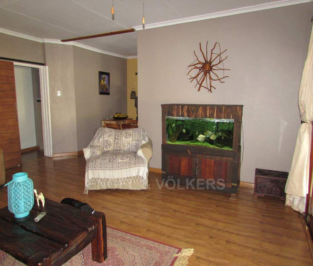 Margate property for sale. Ref No: 13491488. Picture no 10