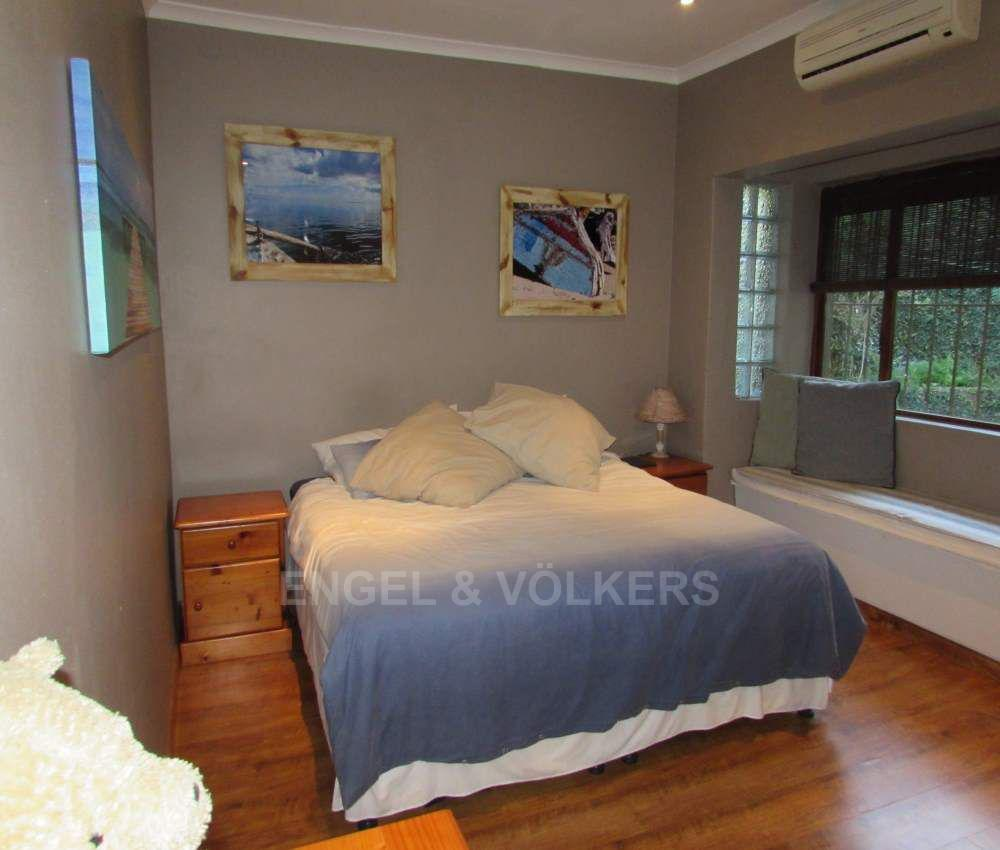 Margate property for sale. Ref No: 13491488. Picture no 13