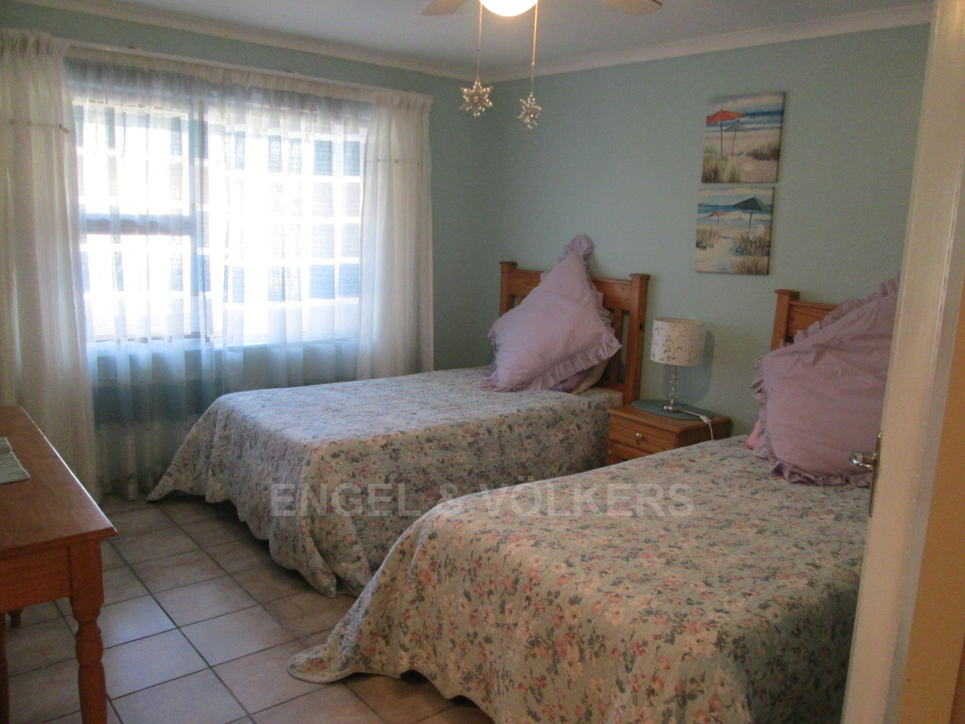 Southbroom property for sale. Ref No: 13502158. Picture no 11