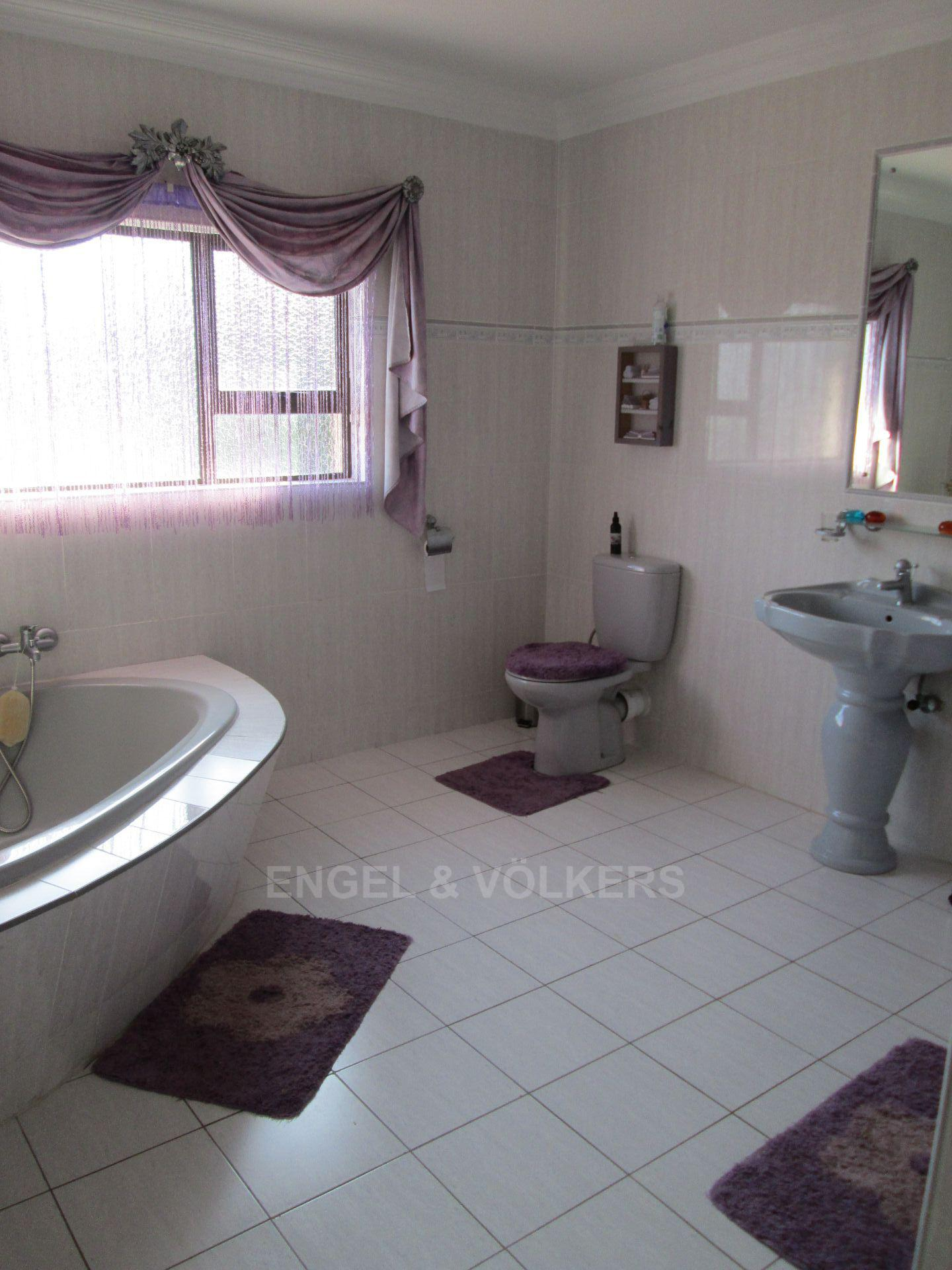 Southbroom property for sale. Ref No: 13502158. Picture no 14
