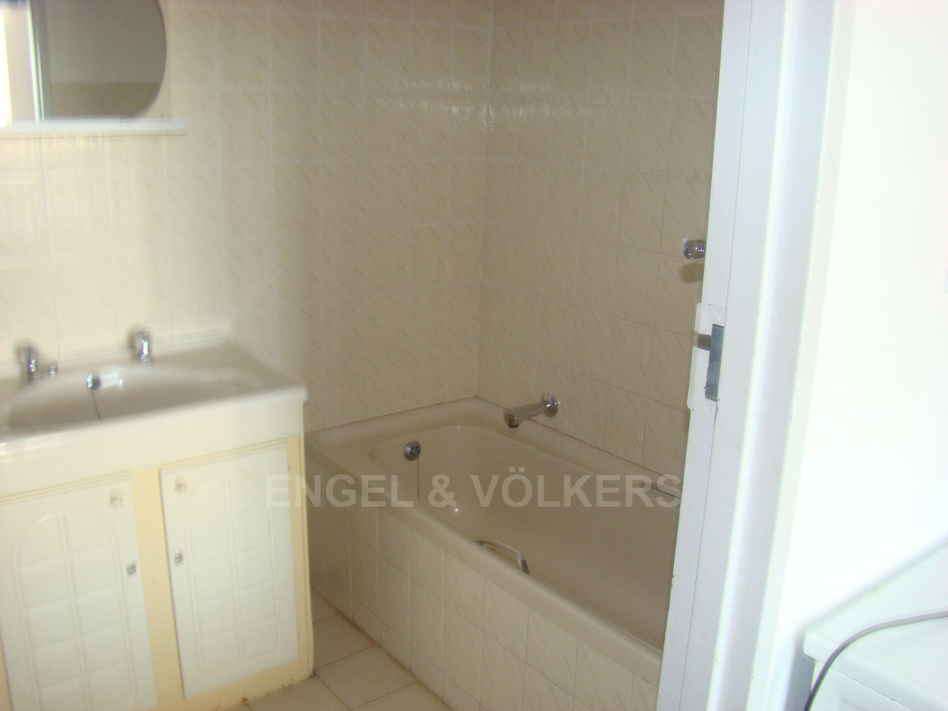 Margate property for sale. Ref No: 13507474. Picture no 8