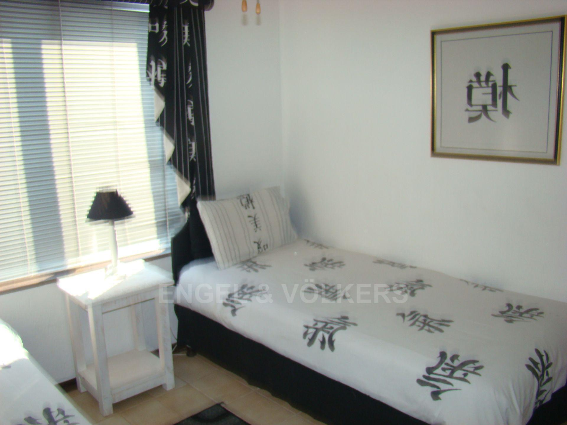 Margate property for sale. Ref No: 13507474. Picture no 10