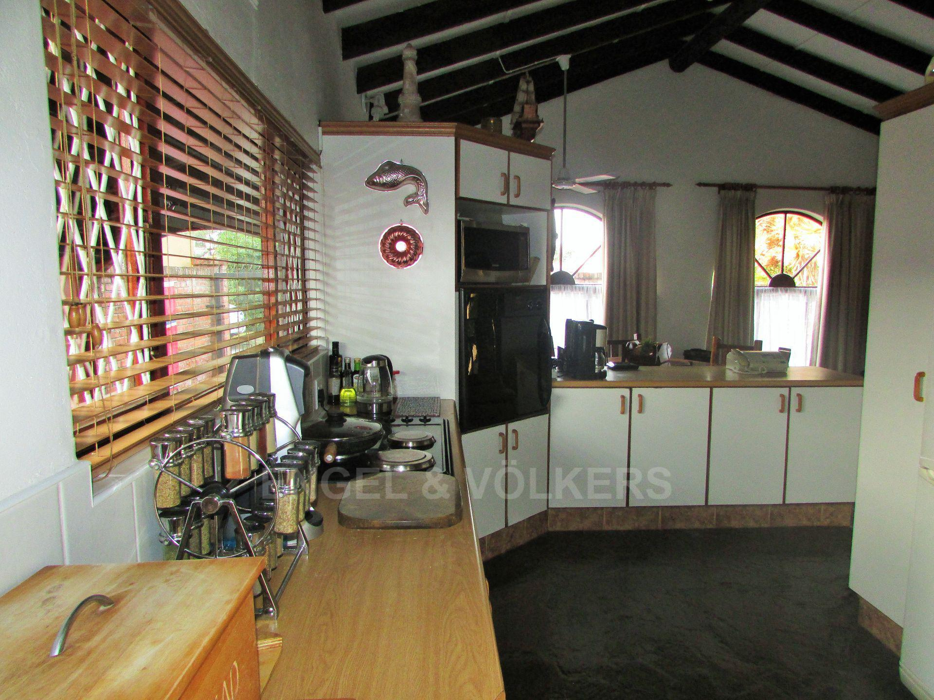 Shelly Beach property for sale. Ref No: 13515443. Picture no 2