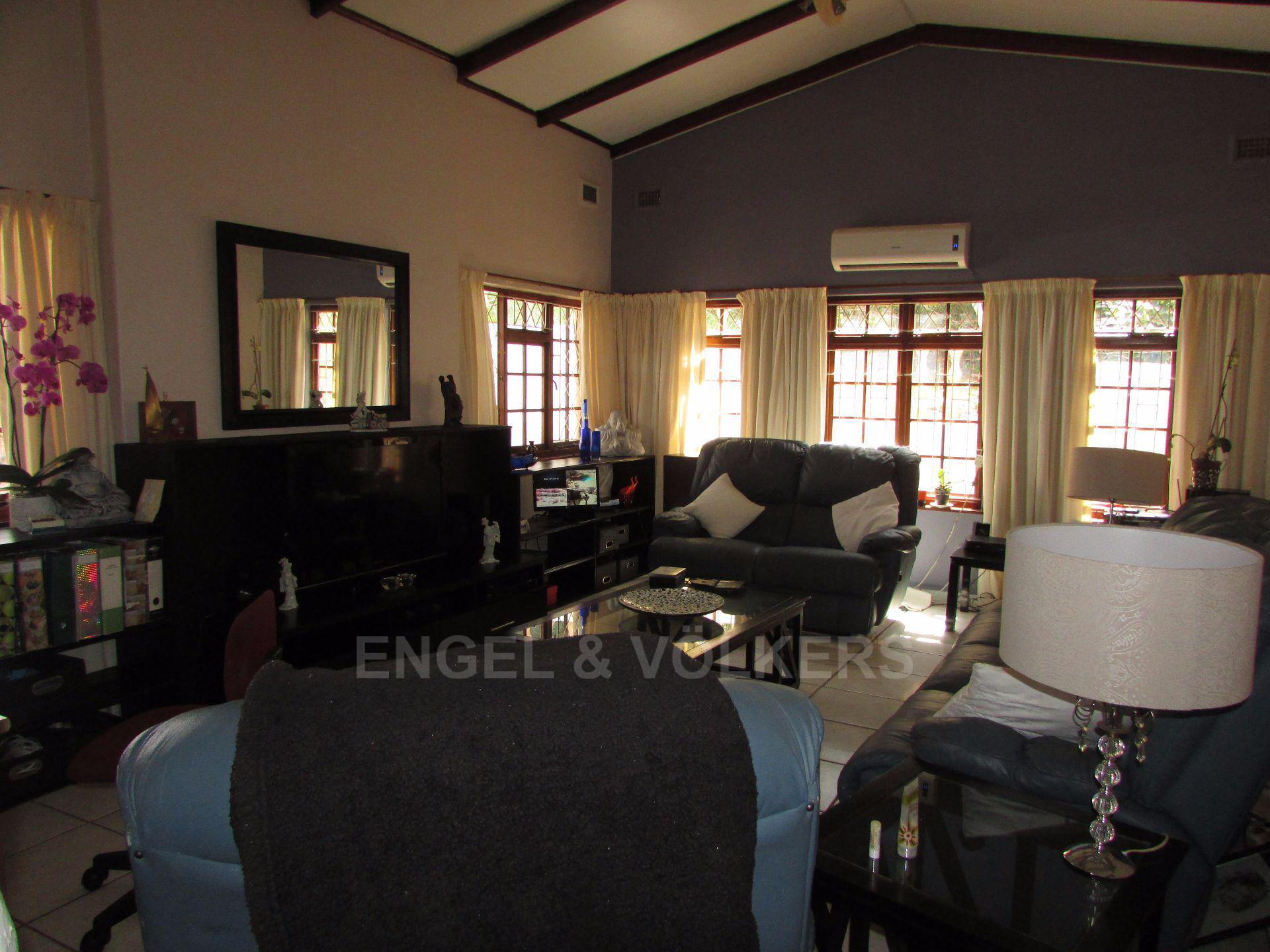 Uvongo property for sale. Ref No: 13533165. Picture no 8