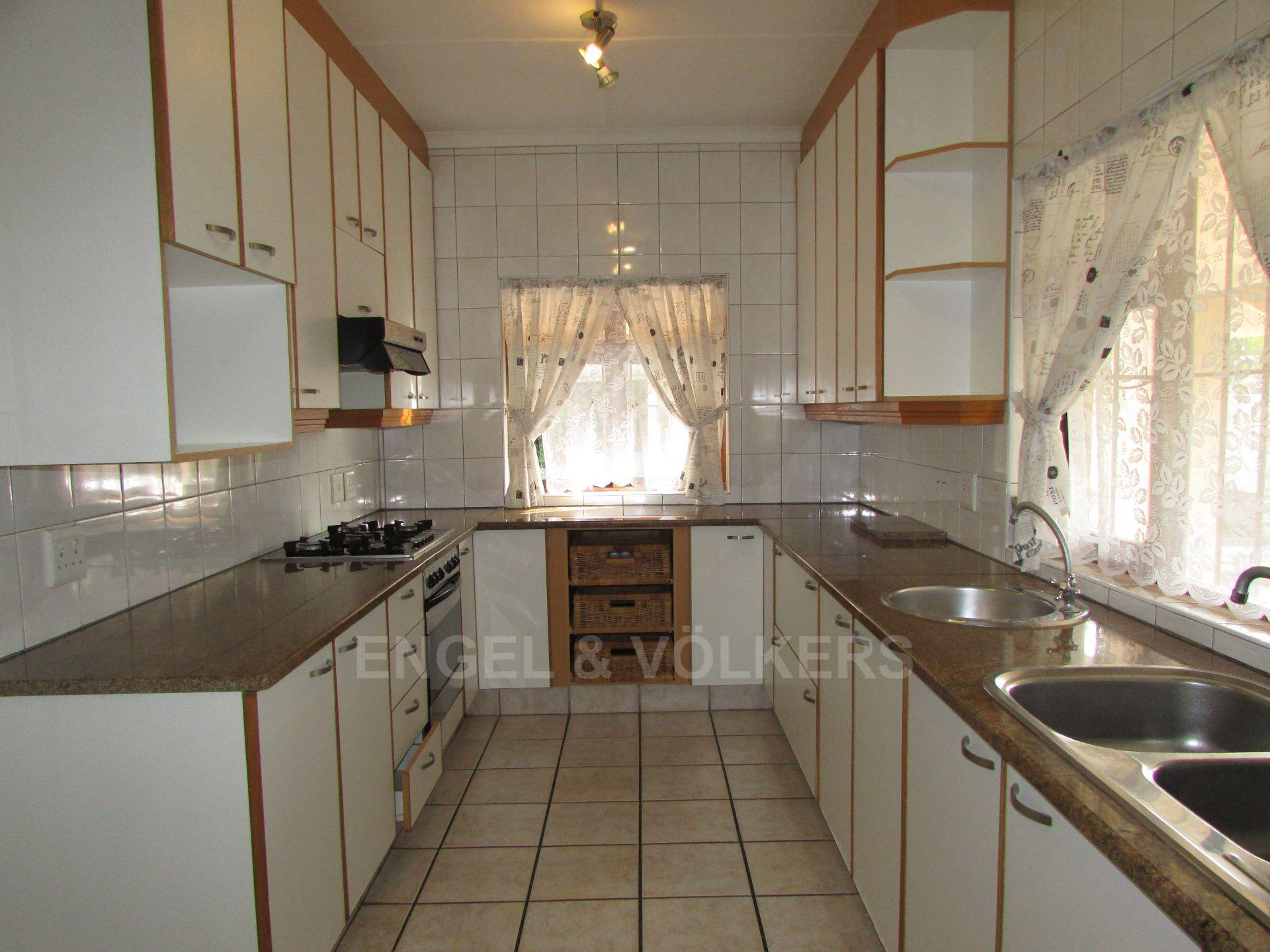 Ramsgate property for sale. Ref No: 13545552. Picture no 2