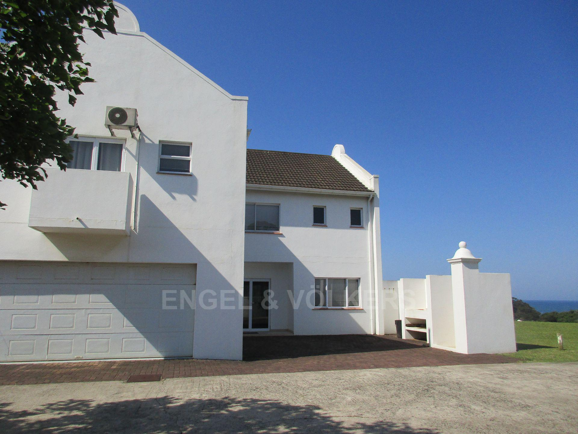 Property and Houses for sale in Port Edward, Duplex, 4 Bedrooms - ZAR 2,850,000