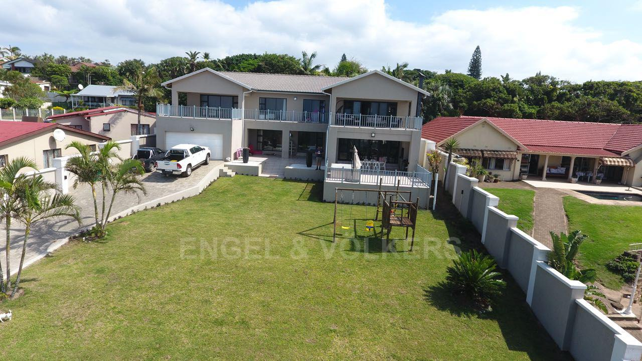 Property and Houses for sale in Uvongo, House, 6 Bedrooms - ZAR 3,975,000