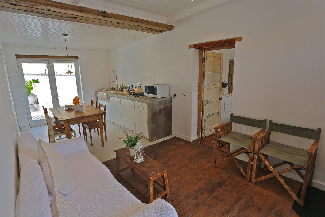Kalk Bay property for sale. Ref No: 13548990. Picture no 11
